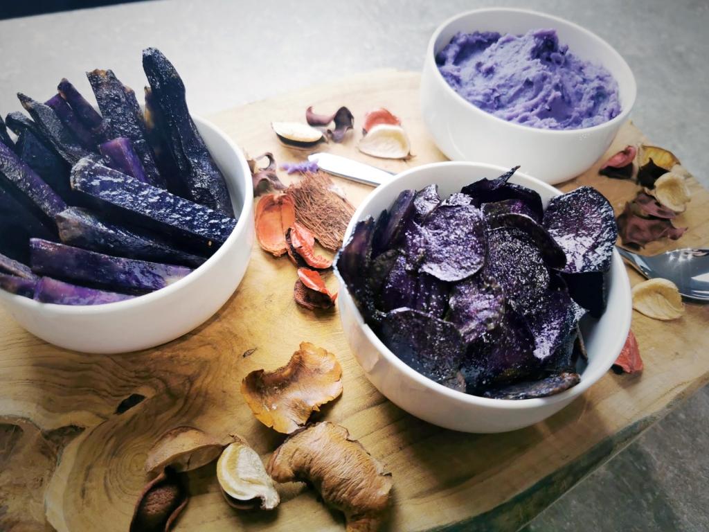 Tri de préparation à base de pomme de terre violette - la vitelotte